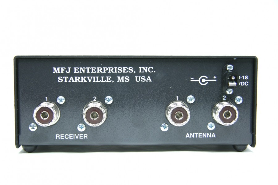 MFJ-959C SWL Antenna Tuner with Preamp